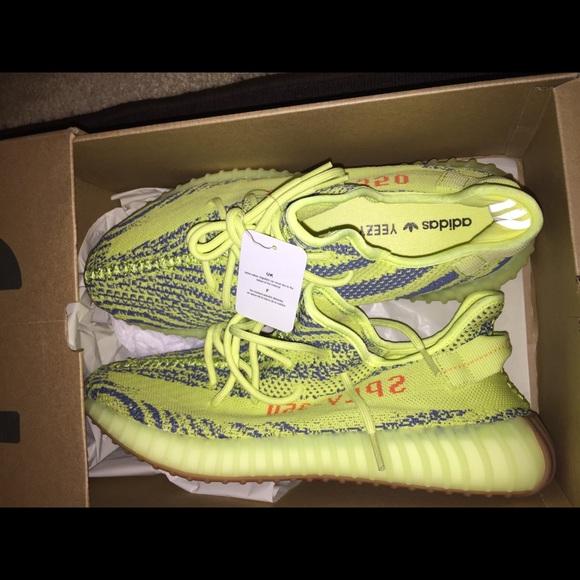 cheaper 5b1db 13320 Yeezy Boost 350v2 Semi frozen yellow